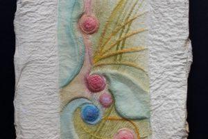 SEMPRE FOI ASI. Gofrado en molde escayola, papel hecho a mano e iluminado. 2008.