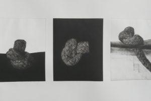 SERIE PUNTOS DE AGARRE. Tríptico Grabado (Mezzotinta, 58 x 78 cm). 2010